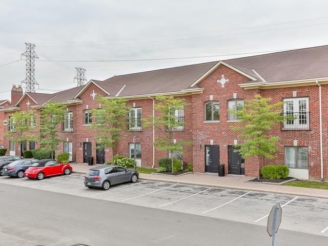 5403 Eglinton Avenue West Crown Realty Partners